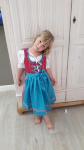 J'ai reçu ma tenue traditionnelle bavaroise !